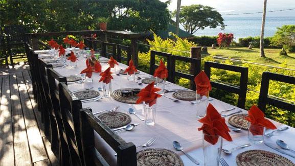 Dining at Daku Resort, Savusavu.